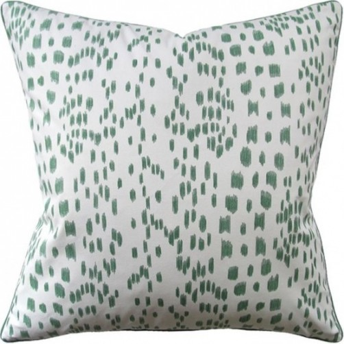 les touches green pillow