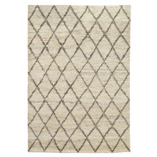 silky loop diamond rug, bleach