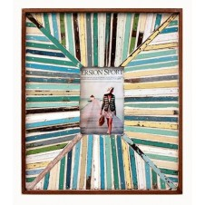 beach lining boatwood frame